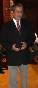 A költő-előadó Beck Zoltán