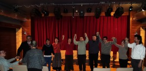 A Tárt Kapu Színház együttműködő vendégszereplőivel
